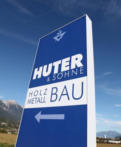 Eingangschild von HUTER & SÖHNE