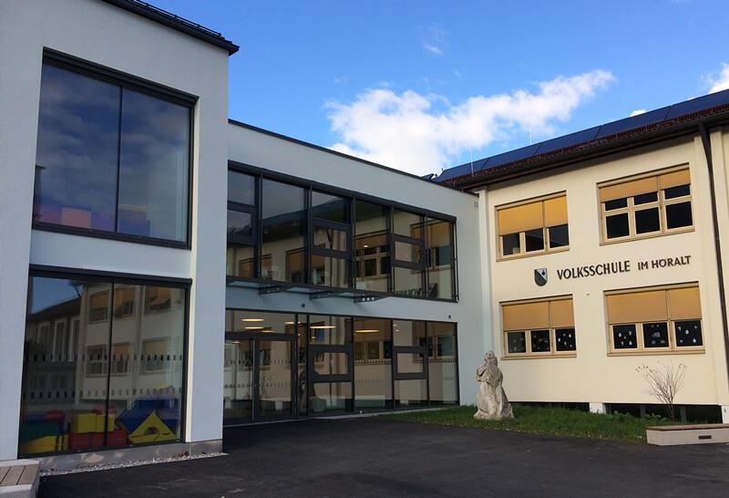 Volksschule in Wattens von HUTER & SÖHNE